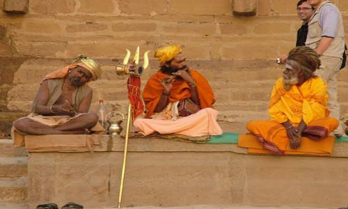 Zdjecie INDIE / brak / Waranasi - Gathy nad Gangesem / Trzech króli z