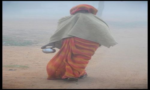 Zdjecie INDIE / Madhya Pradesh / Khajuraho / we mgle
