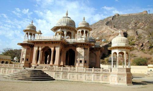 Zdjecie INDIE / Rajastan / Gaitor-Jaipur / grobowce
