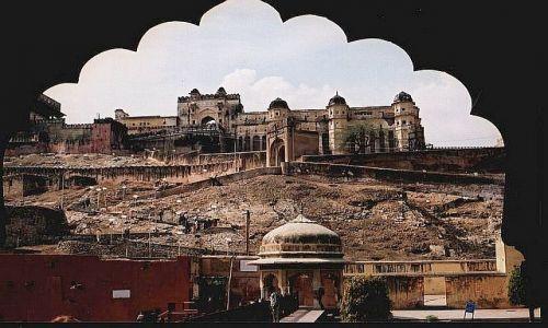 Zdjecie INDIE / Radżastan / okolice Jaipuru / fort Amber 1