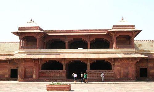 Zdjęcie INDIE / Uttar Pradesh / Fatehpur Sikri / kompleks pałacowy Agbara 2