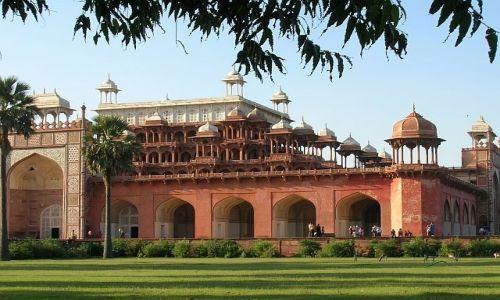 INDIE / Uttar Pradesh / Sikander / Mauzoleum cesarza Agbara