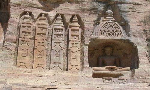 Zdjecie INDIE / Madhja Pradesh / wąwóz; Gwalior / Rzeźby dżinijskie