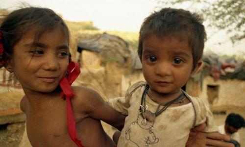Zdjecie INDIE / Rajasthan / Jaisalmer / dzieci Santosh