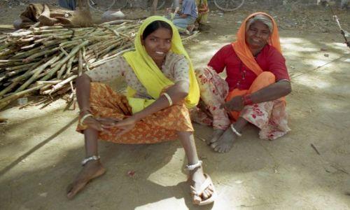 Zdjecie INDIE / Rajasthan / Jodhpur / Matka z córką
