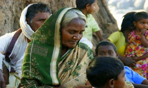 Zdjęcie INDIE / Hampi  / Hampi / Babcia