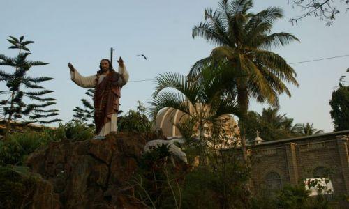 Zdjęcie INDIE / Bengalore / Bengalore / Kapliczka  katolicka