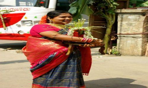 Zdjęcie INDIE / Bengalore / Bengalore / Teściowa