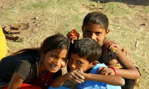 Zdjęcie INDIE / Gondra / Gondra / Dzieci