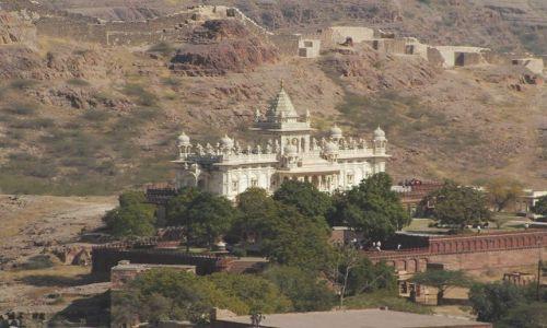 INDIE / Rajasthan / Jodhpur /  widok z fortu Jasthwan Thada