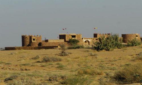 INDIE / Rajasthan / Jaisalmer - pustynia Thar / opuszczony fort