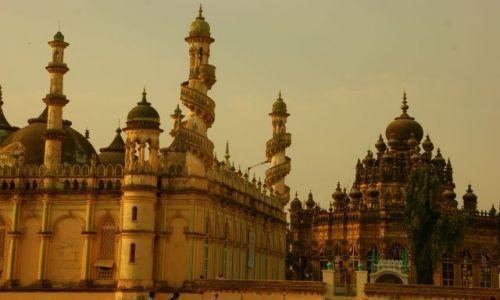 Zdjęcie INDIE / Junagadh / Junagadh / Pałace  meczety
