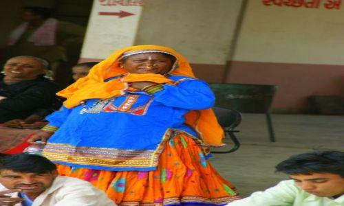 Zdjęcie INDIE / Bhuj / Bhuj / Kolorowa