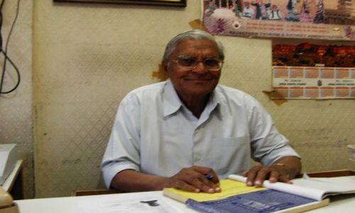 INDIE / Rajasthan / Jaisalmer - pustynia Thar / bankier....