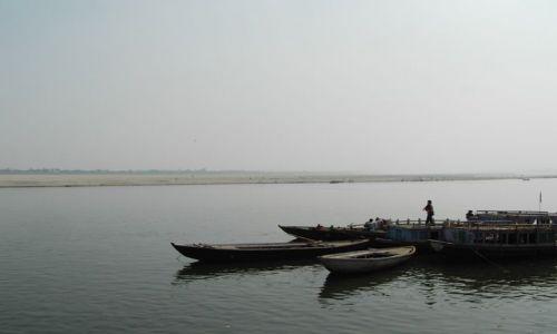 INDIE / Uttar Pradesh / Varanasi / Ganges