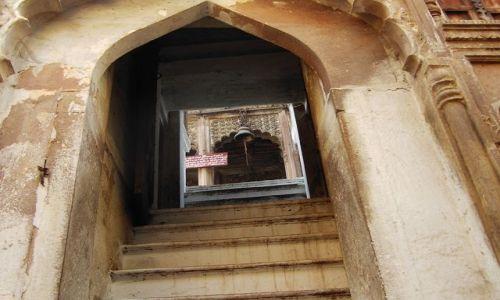 Zdjecie INDIE / Uttar Pradesh / Varanasi / zakamarki