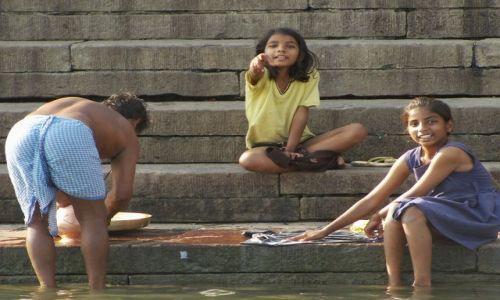 INDIE / Uttar Pradesh / Varanasi / codzienność