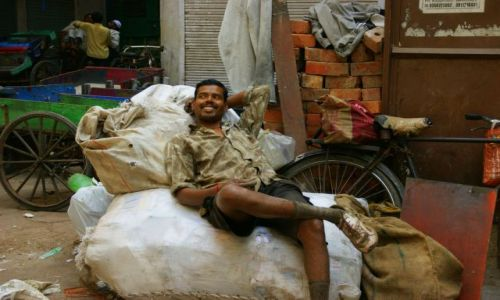 Zdjecie INDIE / Delhi / Delhi / Laba