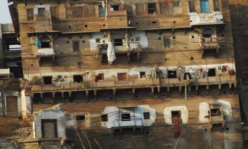 INDIE / Uttar Pradesh / Varanasi / blokowiska