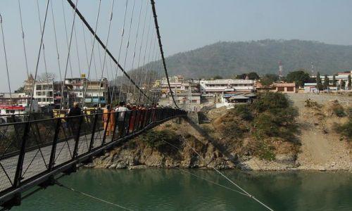 INDIE / Uttaranchal / Rishikesh / drugi brzeg