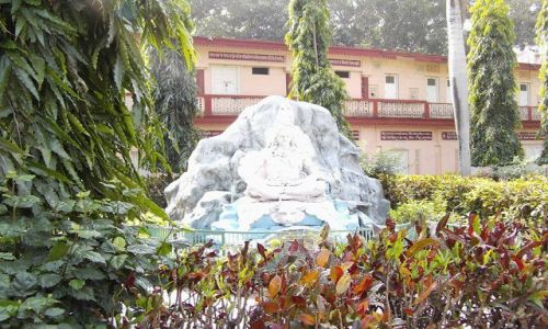 INDIE / Uttaranchal / Rishikesh / ogrody