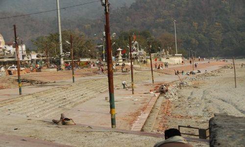 INDIE / Uttaranchal / Rishikesh / gath