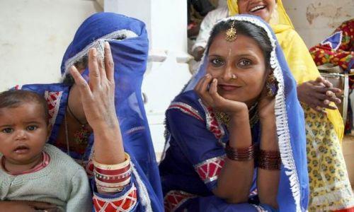 Zdjecie INDIE / Rajastan / Okolice Jajpuru / Twarze Indii