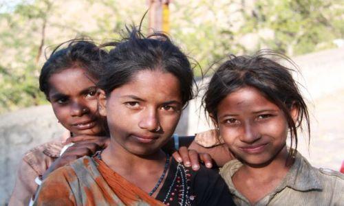 INDIE / Rajasthan / Jaipur / Dziewczyny  slamsy