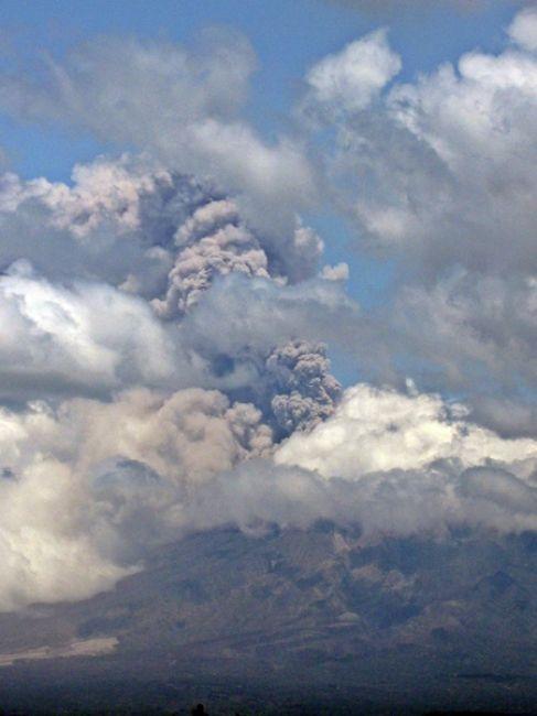 Zdjęcia: Jakarta, Jawa, aktywny wulkan Merapi, INDONEZJA