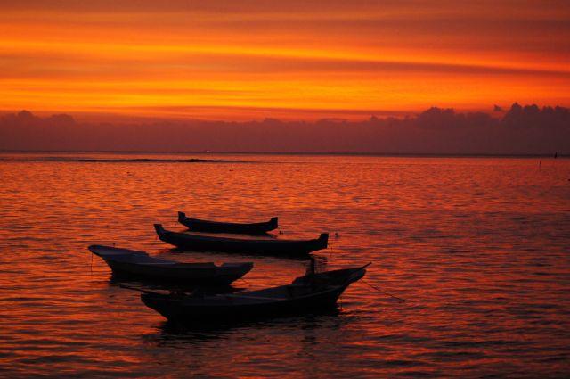 Zdjęcia: Jungut, Lembongan, Spektakularny zachód, INDONEZJA