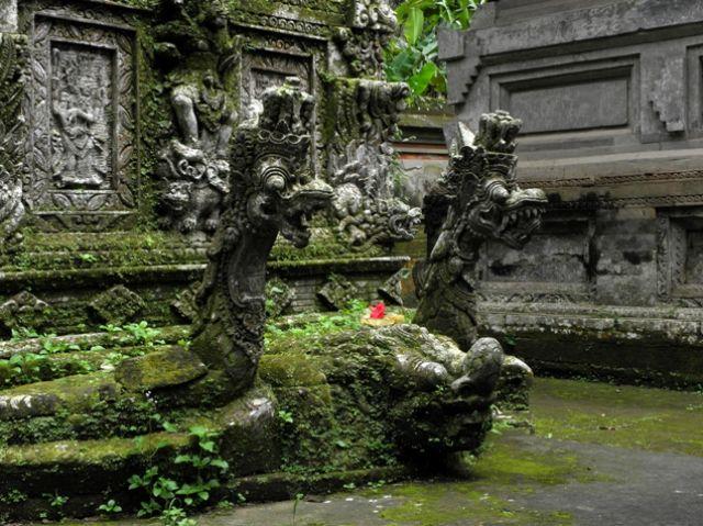 Zdjęcia: Bangli - świątynia Kehen, Bali, Smoki, INDONEZJA