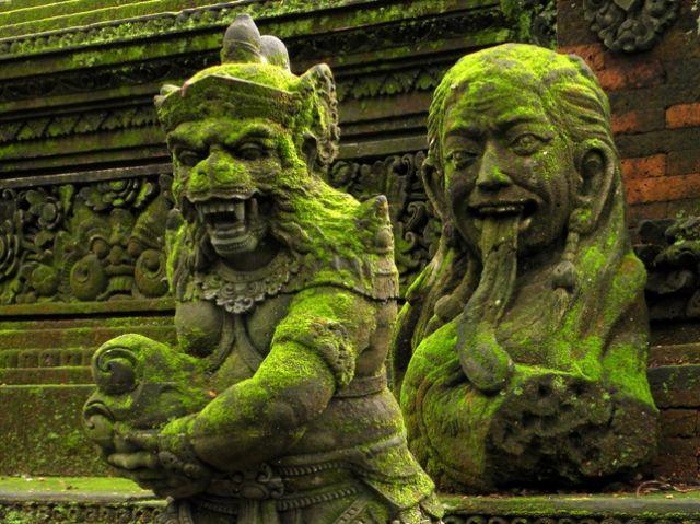 Zdjęcia: Ubud - Małpi Las, Bali, Rzeźby świątynne, INDONEZJA