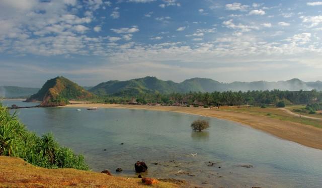 Zdjęcia: Okolice wsi Kuta, Lombok, Novotel Lombok-o poranku., INDONEZJA
