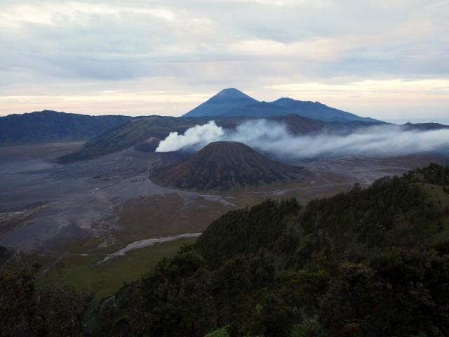Zdjęcia: Cemoro Lawang, Jawa, Bromo nigdy nie śpi, INDONEZJA