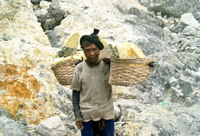 Zdjęcia: Ijen, -Banyuwangi, siarka, INDONEZJA