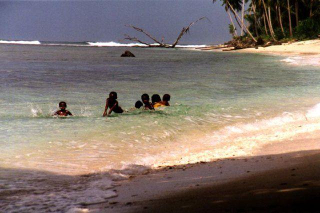 Zdj�cia: Biak Island,  West Papua, Jak w raju, INDONEZJA