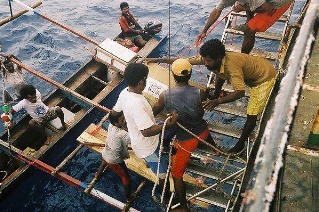 Zdjęcia: Biak Regency, West Papua, Wyladunek, INDONEZJA