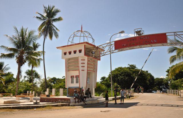 Zdjęcia: Granica z Indonezją, Demokratyczna Republika Timor Leste, Granica państwowa Indonezja - Timor Leste, INDONEZJA
