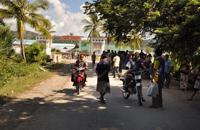 Zdjęcia: Granica z Indonezją, Demokratyczna Republika Timor Leste, Pas ziemii niczyjej pomiędz Indonezją a Timorem, INDONEZJA