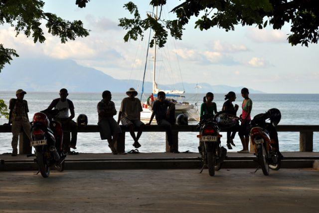 Zdjęcia: Dili, Demokratyczna Republika Timor Leste, Bulawar nadmorski w Dili, INDONEZJA