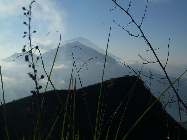 Zdjęcia: Mt. Batur, Bali, ... wielka trójka: Batur, Abang, Agung..., INDONEZJA