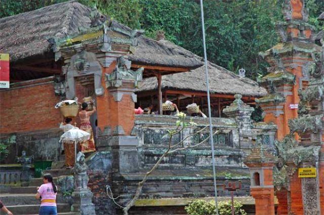 Zdjęcia: Pura Goa Lawah, Bali, Pola ryżowe, INDONEZJA