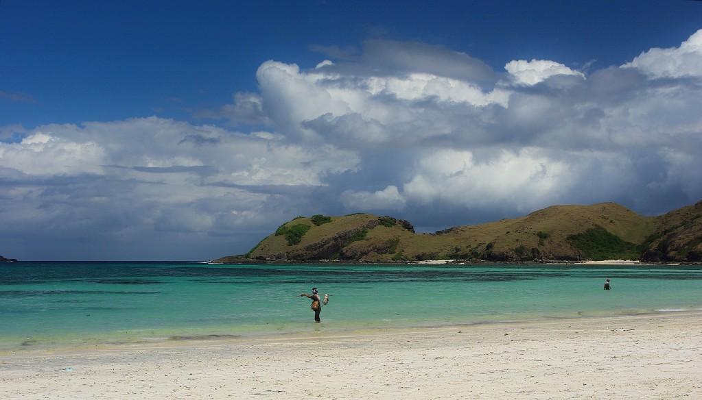 Zdjęcia: okolice wsi Kuta, :Lombok, Lombok-plaże południa wyspy, INDONEZJA