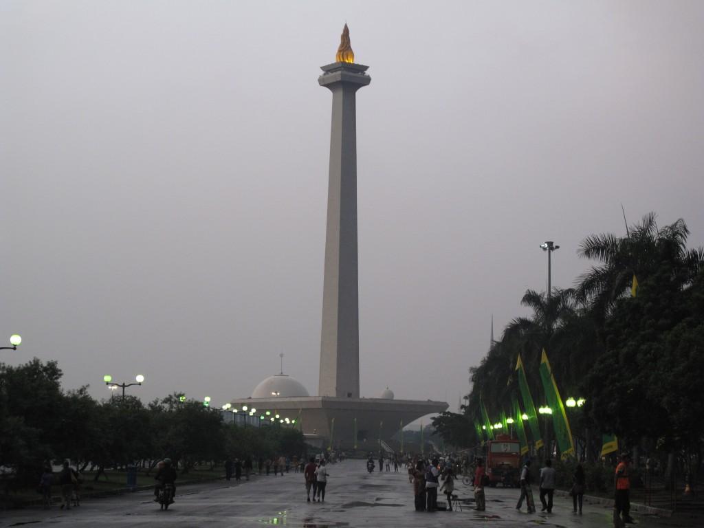 Zdjęcia: Dżakarta, Dżakarta, Pomnik wszystkich pomników, INDONEZJA