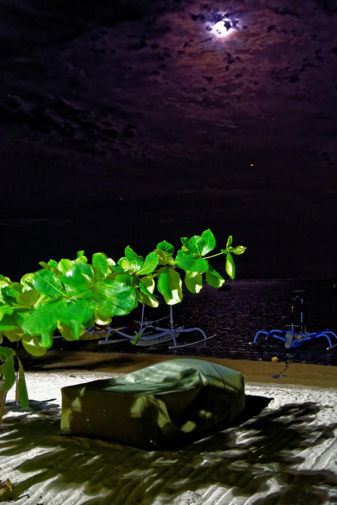 Zdjęcia: Sanur, Bali, W blasku księżyca, INDONEZJA
