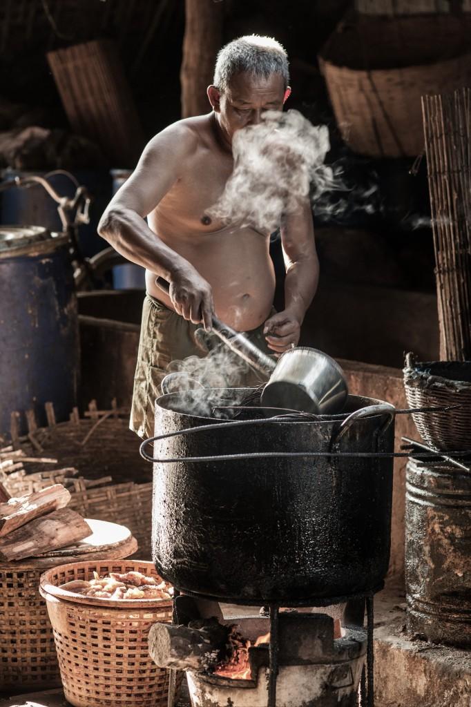 Zdjęcia: Bontang, Borneo, Święty Mikołaj na gigancie ;-), INDONEZJA