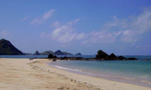 Zdjecie INDONEZJA / wyspa Lombok / wioska Kuta Beach / plaża w wiosce Kuta Beach - Ocean Indyjski