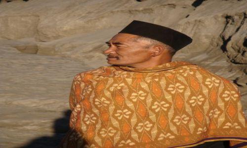 Zdjecie INDONEZJA / Jawa / wulkan Bromo / myśliciel