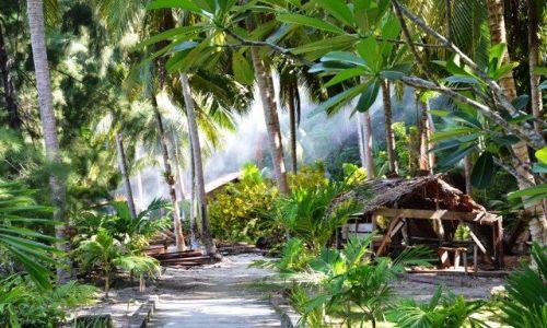 Zdjecie INDONEZJA / Celebes / Togean Islands Kadidiri / Prośba o Wyspy Szczęśliwe