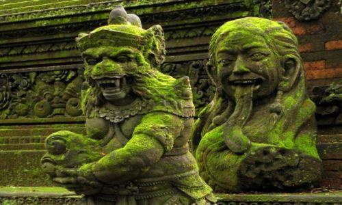 Zdjecie INDONEZJA / Bali / Ubud - Małpi Las / Rzeźby świątynne